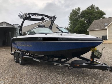 Nautique 226 Crossover, 22', for sale - $57,700
