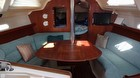 1996 Hunter 336 Large And Roomy Salon