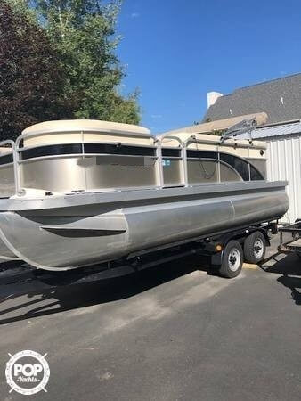 Bennington 20 SLX, 20', for sale - $31,200