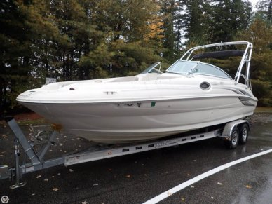 Sea Ray 240 Sundeck, 26', for sale - $26,900