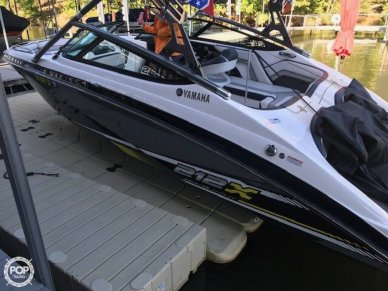 Yamaha 212X, 21', for sale - $49,000