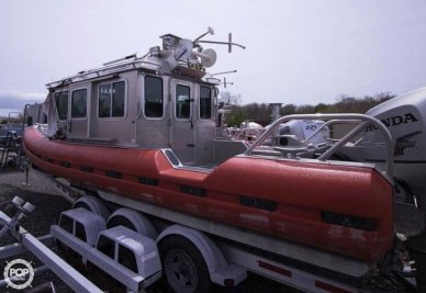 SAFE Boats Internati 25 Defender Full Cabin, 25', for sale - $180,000