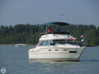 Sea Ray 300 Sedan Bridge, 29', for sale - $16,900