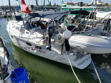 Hunter 37.5 Legend, 37', for sale - $84,900