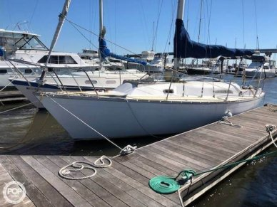 Irwin Yachts 30, 30', for sale - $17,000