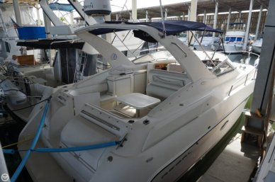 Regal 3260 Commodore, 32', for sale - $33,900