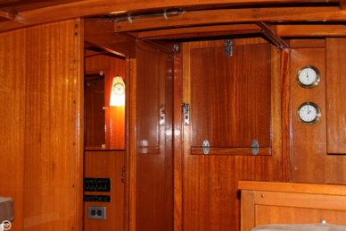 1969 Lyman 30' Express Cruiser - #2