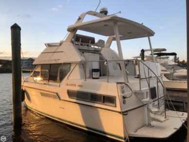 Carver 350 Aft Cabin Motoryacht, 39', for sale - $25,000