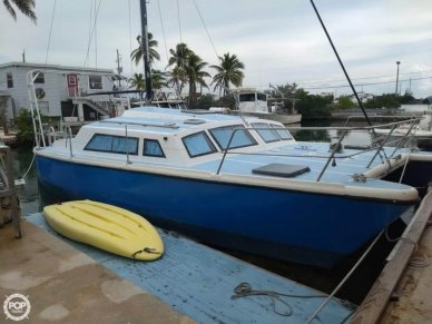 Prout Quest 31, 31', for sale - $43,900