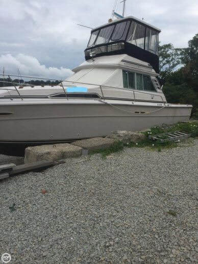 Sea Ray 390 SRV, 39', for sale - $36,500