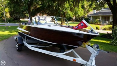 Chris-Craft Holiday, 18', for sale - $17,000