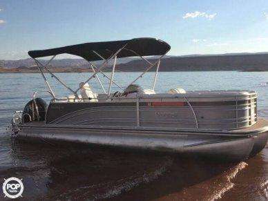 Harris Solstice 220, 23', for sale - $40,000