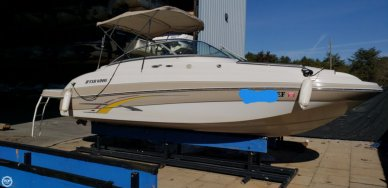 Four Winns 224 Funship, 23', for sale