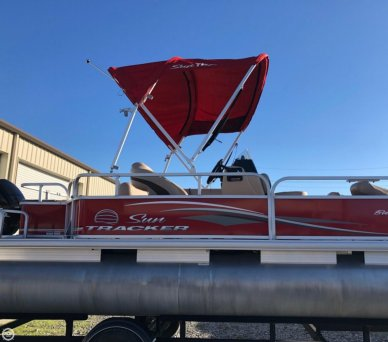 Sun Tracker Bass Buggy 18, 20', for sale - $24,500