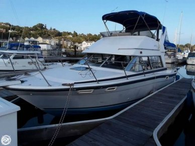 Bayliner 2858 Command Bridge, 27', for sale - $26,750