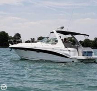 Four Winns 33, 33', for sale - $83,900