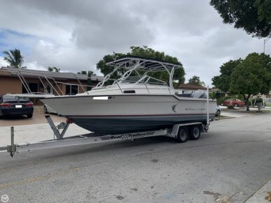 Bayliner 2302 Trophy, 22', for sale - $17,250