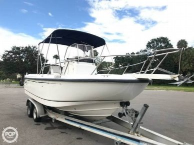 Boston Whaler 21 Outrage, 20', for sale - $25,250