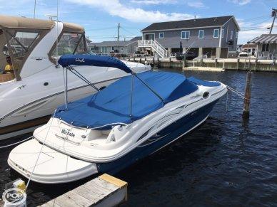 Sea Ray 240 Sundeck, 26', for sale - $27,000