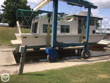 Holiday Barracuda Aft Cabin 37, 37', for sale - $32,900