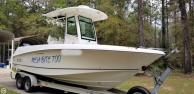 Boston Whaler 250 Outrage, 24', for sale - $102,000