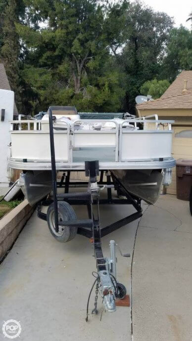 Sun Tracker 21 Fishing Barge, 21', for sale - $15,500