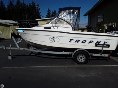 Trophy 1802, 18', for sale - $19,250