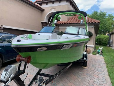 Nautique Super Air 230, 25', for sale - $54,000