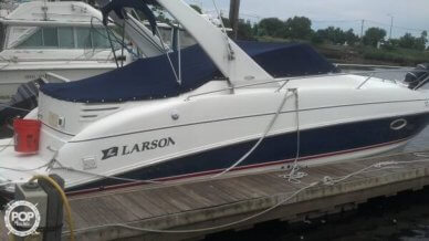 Larson Cabrio 274, 28', for sale - $25,250