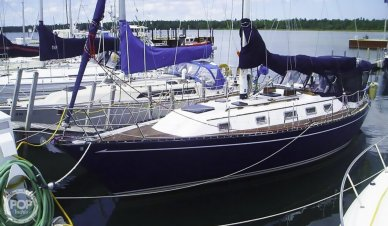 Quest 36 Semi Custom, 36', for sale - $55,600