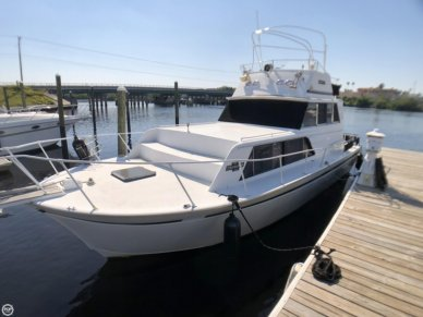 Marinette 32, 32', for sale - $25,800