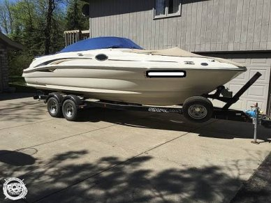 Sea Ray 240 Sundeck, 26', for sale - $33,900