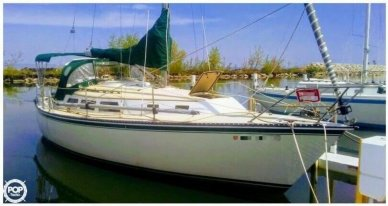 Newport 33, 33, for sale - $13,250