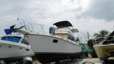 Carver 3607 Aft Cabin, 35', for sale - $19,500