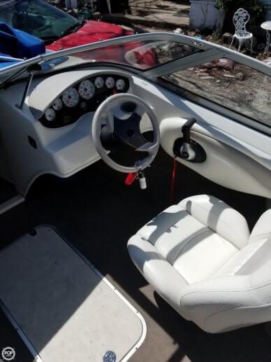 Captain's Chair, Steering Wheel, Throttle/shift