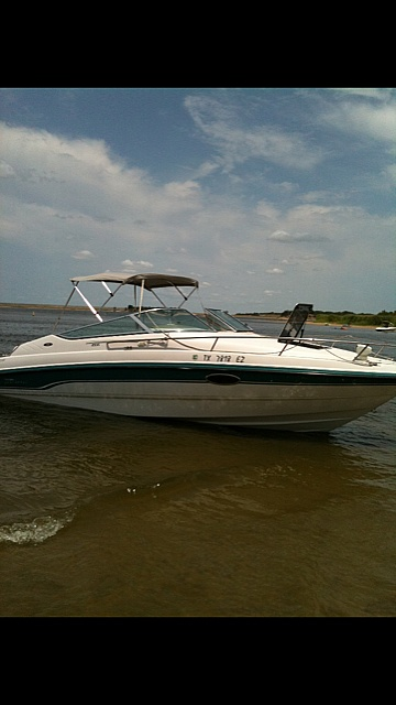 Chaparral 2335, 22', for sale - $13,000