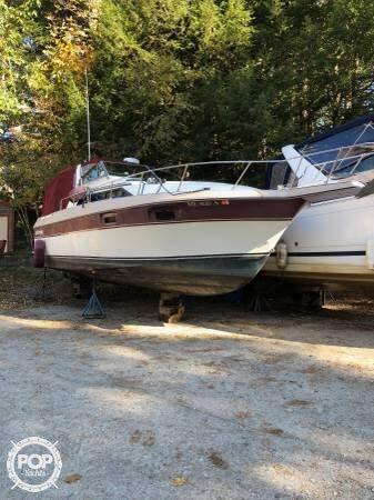 Cruisers 296 Avanti Vee, 296, for sale