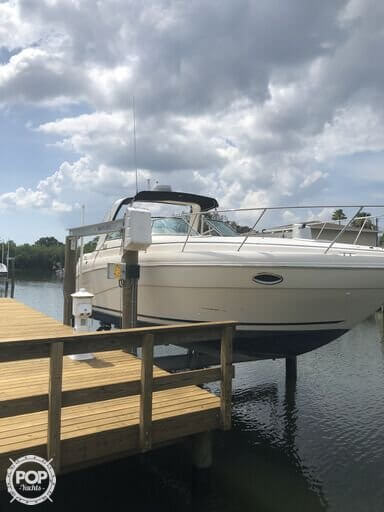Rinker 310 Fiesta Vee, 31', for sale - $45,600