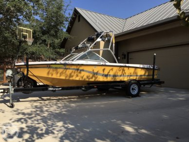 Nautique 206 Air Limited by Correct Craft, 20', for sale - $28,650