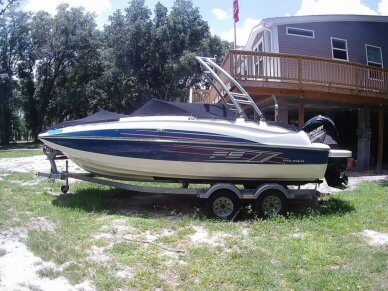 Bayliner 210 FS, 21', for sale - $33,000