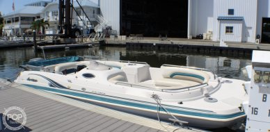 Hurricane FunDeck GS232, 23', for sale - $22,750