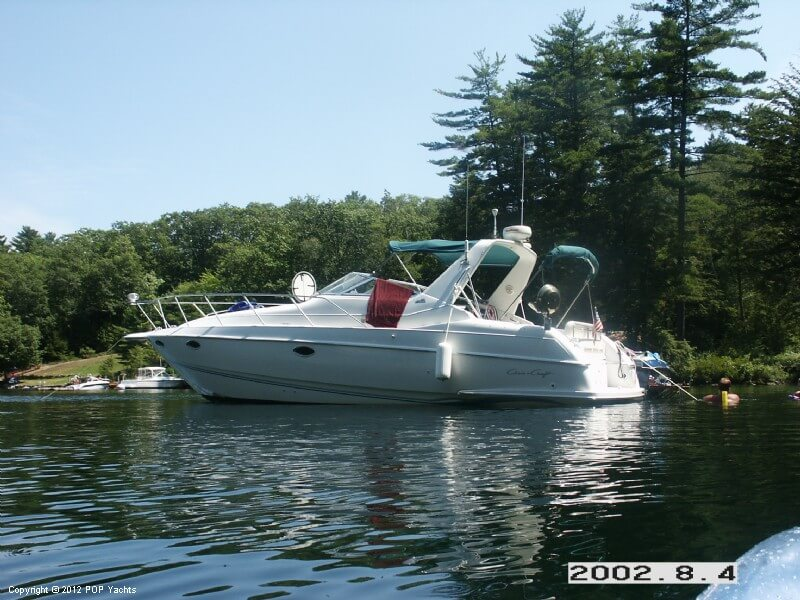 Chris-Craft 33 Crowne, 34', for sale - $20,000