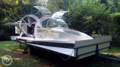 Universal UH18-SPW Hoverwing, 27', for sale - $23,000