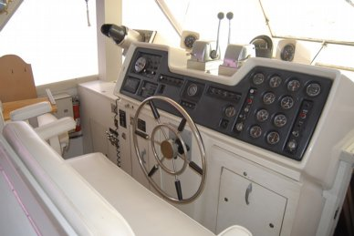 1972 Chris-Craft 47 Commander - #2