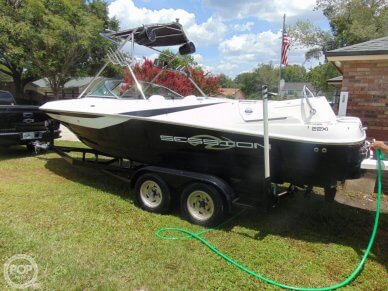 Regal Session 22XI, 22, for sale - $19,900
