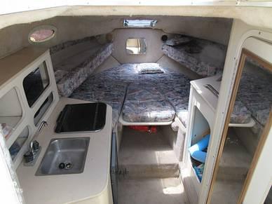 Renken 270 Cabin Wide View