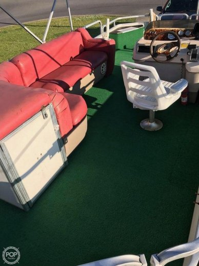 Sun Tracker 21 Fishing Barge Signaure Series, 20', for sale - $16,750