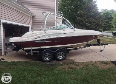Sea Ray 200 Sun Deck, 21', for sale - $23,750