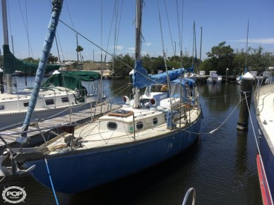 Rhodes Swiftsure 33, 33', for sale - $15,000