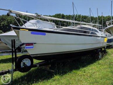 MacGregor 26M, 25', for sale - $21,750